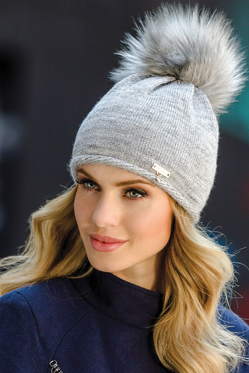 Женская шапка Dulce Grey от Eterno