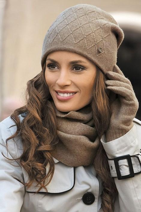 Женская шапка Rafalea Brown