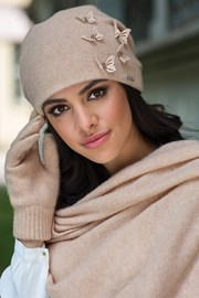 Женская шапка Matylda бежевая